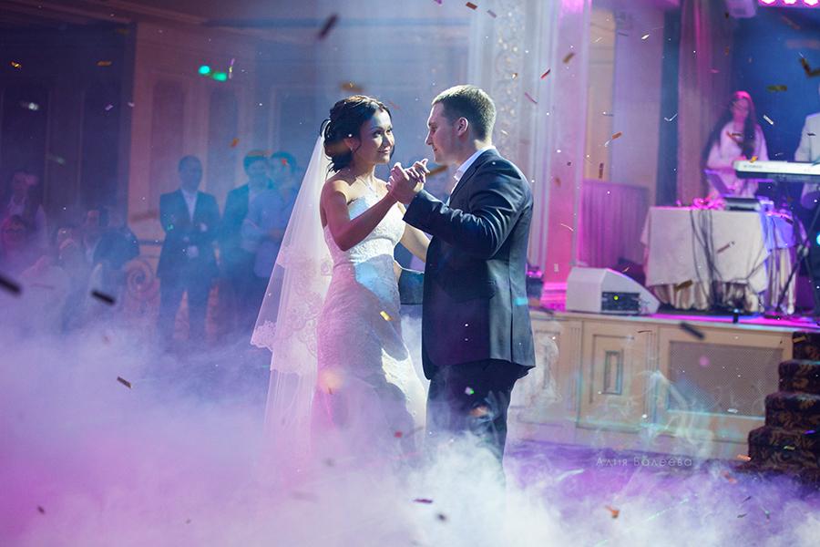 первый танец на свадьбе фотограф Алия Валеева